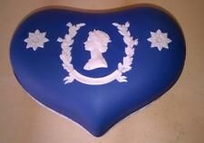 WEDGWOOD - PORTLAND BLUE JASPER - HEART SHAPED TRINKET BOX -  QEII JUBILEE 1977