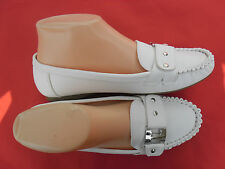 LADY FLAT SHOES VIA CONFOR SIZE : 6-10 WHITE