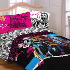 Brand New Monster High Twin or Full Comforter Sheet Set