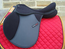 SALE Shires Hi Lite Self Adjusting Horse Synthetic GP Saddle 17 or 18 Inch