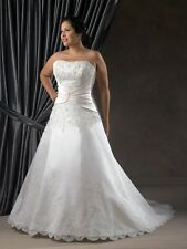 Plus Size New Arrival Sleeveless Strapless A-Line Handmade Lace Wedding Dress