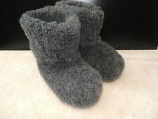 Womens Mens 100 % sheep wool /  slippers boots  anti - slip sole size 3 - 11
