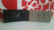 NWT GUESS WALLET BLACK - WHITE /  BEIGE-CREAM COLORS...GROUP CATIE
