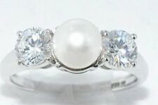 7mm White Freshwater Pearl & Zirconia Ring .925 Sterling Silver