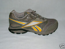 New Women's Reebok Leather Running Trail Fogcutter, Brown/Yellow, 6, 7