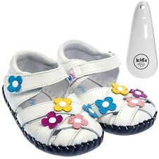 Girls Toddler Leather Soft Sole Baby Sandals White / Flowers & Shoe Horn