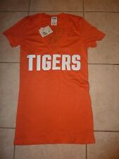 VICTORIAS SECRET PINK MLB RARE BLING DETROIT TIGERS VNECK TEE  NWT