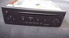2004 RENAULT LAGUNA RADIO STEREO CD PLAYER HEAD UNIT WITH CODE 8200247962-A