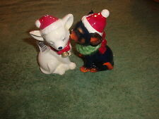 WESTLAND MWAH CHRISTMAS CHIHUAHUA MAGNETIC SALT AND PEPPER SHAKERS-VERY CUTE