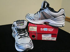 MEN'S SAUCONY PROGRID TRIUMPH 4 ATHLETIC SHOES | BRAND NEW IN BOX | MUST SEE |