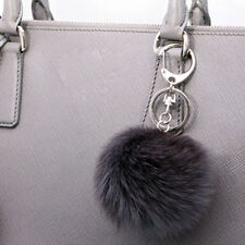 Fox fur key ring (silver color) F / W Must Have Items Fishion item