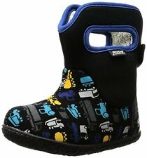 BOGS BABY CLASSIC TRUCKS - K Bogs Baby Classic Trucks Waterproof Insulated