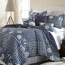 Quilt Bedspread Cover 6pc Set Blue White Color Floral Pattern Queen King