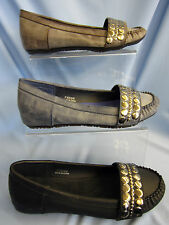 LADIES MOCCASIN STYLE SHOE WITH STUD DETAIL UPPER ( F8598)
