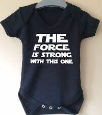 THE FORCE IS STRONG STAR WARS CUTE BABY BODY GROW SUIT VEST GIRL BOY GIFT IDEA