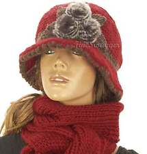 Fur Detail Cloche Warm Winter Wooly Knitted Cloche Hat Scarf Set Christmas Gift