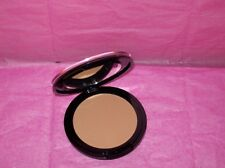 MARIO DE LUIGI UNBELIEVABLE DUAL FINISH POWDER WET/DRY MAKEUP Light Med or Dark