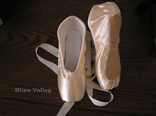 New Pink Satin Ballet Pointe Shoes - Women's sz  7M