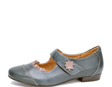 Kubo - Gabe Ladies leather flats - orthotic friendly