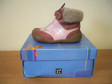Brand New Noel Girls Mini Dolly Ankle Fur Trim Boots Pink rrp £48.00 E302