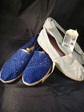 Toms Wmn Classic Slip On Shoes 2 Colors Assorted Sizes NEW WITH TAGS IN POUCH