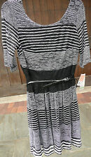 NWT LESLIE FAY BLACK/WHITE STRIPED SCOOPED NECK SHORT SLEEVE BELTED DRESS SIZE 8