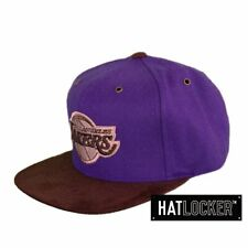 Mitchell & Ness - LA Lakers Winter Suede Strapback