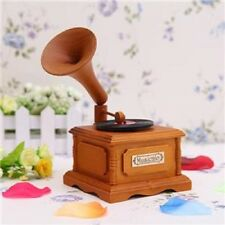 WOOD PHONOGRAPH WIND UP MUSIC BOX : YESTERDAY @ BEATLES