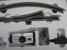 R8250 CONTROLLER & TRANSFORMER & STARTER OVAL & TRACK PACK A - BRA ND NEW l6