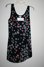Katherine Barclay sleeveless top size 8 flower design fully lined 100% polyester
