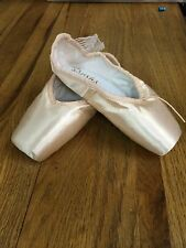 Sansha Recital -  Pointe Shoes, Style 303S, with ribbon