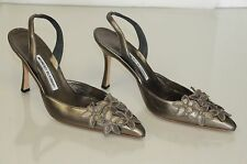 NEW MANOLO BLAHNIK CAROLYNE PUMPS LEATHER FLOWERS HEELS Metallic Pewter SHOES 39