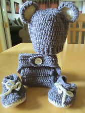 BABY BEAR RIBBED HAT, DIAPER COVER AND BOOTIES (0-3 months) crochet