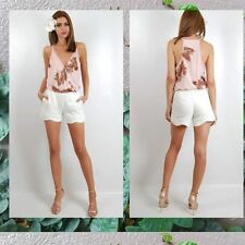 White Panted Shorts. Brand:Spicy Sugar