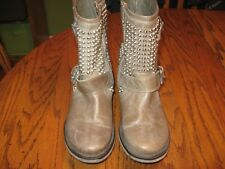 STEVE MADDEN LEATHER SHORT BOOTS WOMENS SIZE 8 M W/SILVER STUDS SO-O-CUTE LQQK