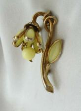 Vintage Crown TRIFARI Light Yellow Dangling Poured Glass Flower Brooch