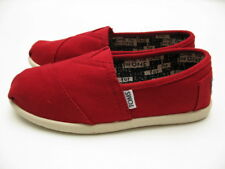 TOMS YOUTH CANVAS SLIP ON RED PRESCHOOL/ YOUTH SIZES