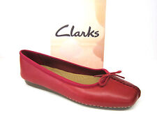 LADIES CLARKS RED LEATHER SLIP ON CASUAL PUMPS SUMMER SHOES FRECKLE ICE £34.99