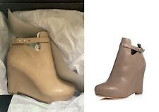 Elizabeth and James Peri Wedge Stone Leather almond toe boot bootie V cutout zip