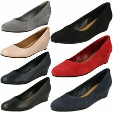 LADIES CLARKS SUEDE WEDGE SLIP ON FORMAL OFFICE SMART SHOES VENDRA BLOOM D FIT