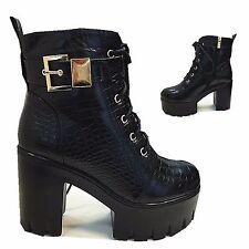 WOMENS LADIES CHUNKY BLOCK HEEL PLATFORM CLEATED SOLE FULLY FUR INSOLE ANKLE BOO