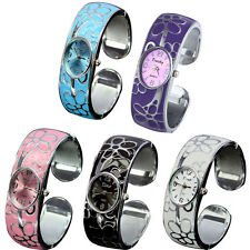 New Fashion Flower Numeral Show Quartz Stainless Steel Band Bracelet Wrist Watch