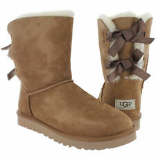 NIB Women's UGG BAILEY BOW Size 9 Chestnut Boots