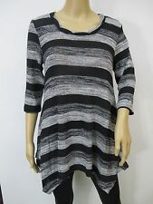 Black & Gray Striped Printed 3/4 Sleeve Shark Bite Hem Tunic Top Sz S M
