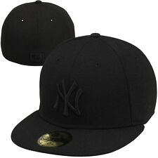 New Era New York Yankees Black on Black fitted 59Fifty Hat-Black