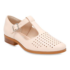 Clarks Women's Hotel Vibe Flats Shoes