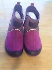 NEW Crocs Dawson Ankle Boots Youth Girls SZ J3 Viola/Mulberry