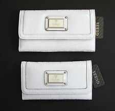 "NEW GUESS ELLACRUZ WHITE ""G"" PATENT TEXTURED LEATHERETTE CHECKBOOK WALLET,CLUTCH"