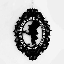 Necklace Collier Curiology Alice in Wonderland Cameo Mad Hatter Gothique Gothic