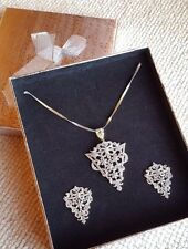 BEAUTIFUL DIAMOND PENDANT SETS FOR WEDDING PARTY FORMAL ROUTINE WEAR GOLD CHAIN